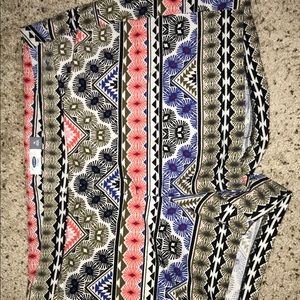Old Navy multicolor shorts size 16